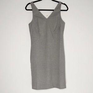 BANANA REPUBLIC • Gray Sleeveless Career Dress 4P